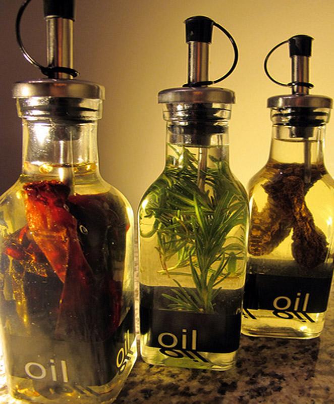 Zelf gearomatiseerde oliën maken